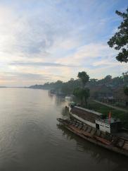 Mystische Stimmung am Fluss Rio Napo