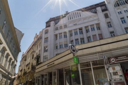 Ausgangspunkt des City Walkd ist der Déak-Ferenc-tér